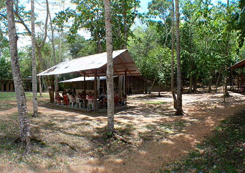Belize archaeological camp VR